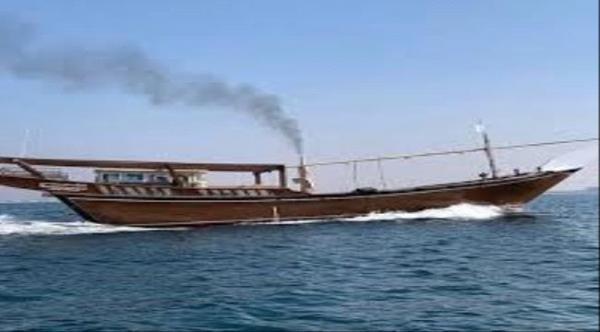 فقدان سفينة على متنها 11 شخصًا كانت في طريقها إلى سقطرى
